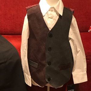 Other - NWT Little Boys 3 pc suit